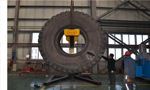 《大型轮胎支架》