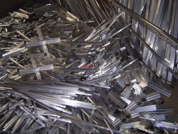 廢鋼行業要與鋼鐵行業同步發展