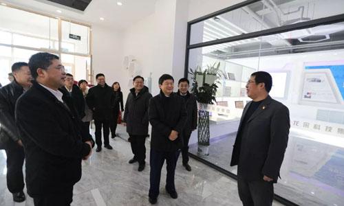 苏州市委组织部一行走进百强龙采点赞******实力和党建工作