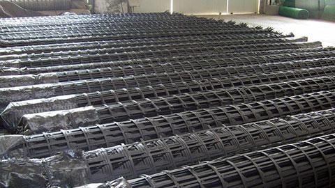鋼塑土工格柵的優點與以及加工程序