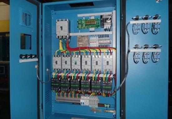 LED顯示屏配電柜