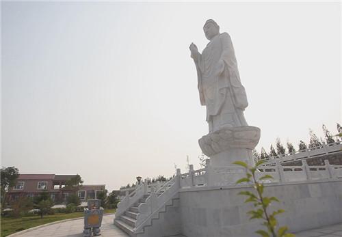 天鹤园公墓