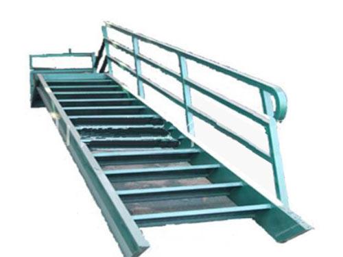 楼梯铁床空调等